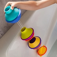 DripDrip Bath Toy from Fat Brain Toys