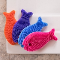 Innobaby Bathin' Smart Silicone Fish Antimicrobial Bath Scrub