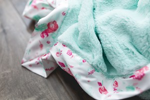 Saranoni Lush/Lush with Satin Border  Blankets (Size M and L)