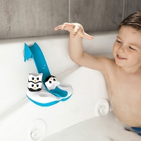 Waddle Bobbers Bath Toy from Fat Brain Toys